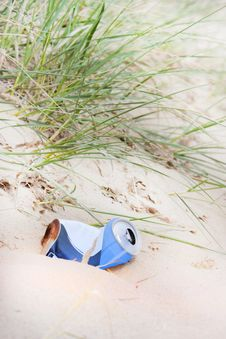 Free Rubbish Can Left At The Beach Stock Photography - 19675522