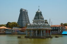 Free Suchindram Temple Dedicated To The Gods Shiva Stock Photography - 19676002