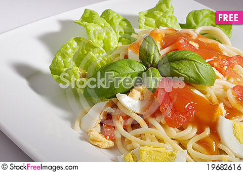 Free Pasta With Tomato Sauce Royalty Free Stock Image - 19682616