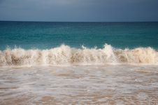 Free Atlantic Rollers Break On Beach Royalty Free Stock Images - 19682109