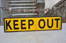 Free Keep Out Sign Stock Photography - 19682652