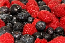 Raspberries And Blueberries, Royalty Free Stock Images