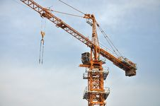 Free Crane In Construction Royalty Free Stock Images - 19684789