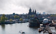 Free Amsterdam Canals And Typical Houses . Royalty Free Stock Image - 19687426