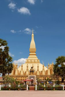 Free That Luang In Vientiane Royalty Free Stock Photo - 19687775