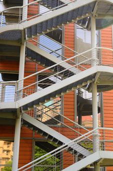 Free Steel Staircases, Windows And Walls Royalty Free Stock Photography - 19692987