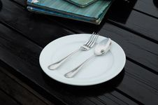 Free Dinner Plate Royalty Free Stock Image - 19693496
