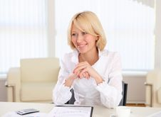 Free Young Business Woman In The Office Stock Photos - 19693803