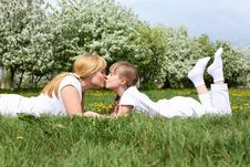 Free Girl With Mother In Spring Park Stock Images - 19693824