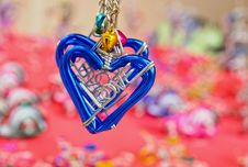Free Heart Key Ring Royalty Free Stock Images - 19697179