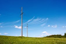 Free Electric Transmission Line Royalty Free Stock Photo - 19698525
