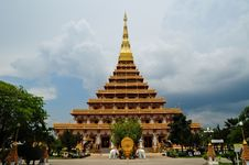 Free Golden Pagoda Royalty Free Stock Photography - 19699087