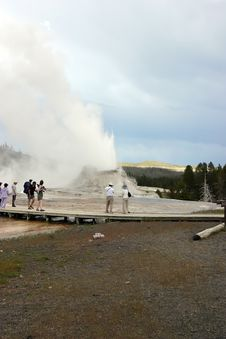 Free Erupting Geyser Near Tourists Royalty Free Stock Photos - 1973688