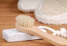 Free Washing-glove Stock Image - 1974381