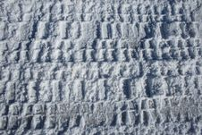 Free Tire Tracks In Snow Royalty Free Stock Image - 1976516