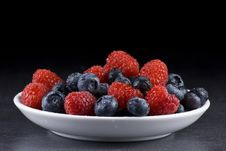 Free Blueberries And Raspberries Stock Photography - 19701582