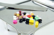 Free Pills Pattern Stock Images - 19702214