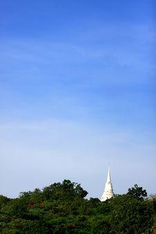 Free Stupa Royalty Free Stock Photo - 19705055