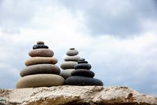 Free Pebble. Balanced Stones Stock Image - 19710311