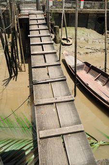 Free Wooden Bridge Stock Photography - 19713222