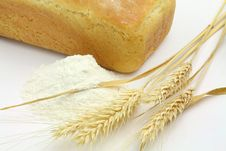 Free White Bread And Spikes Of Wheat And Wheat Flour Royalty Free Stock Photography - 19713997