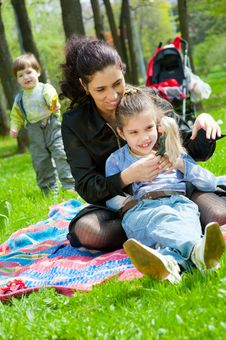 Free Mother With Children Resting Royalty Free Stock Image - 19714406
