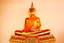 Free Golden Buddha  The Art Of Temple Royalty Free Stock Image - 19714946