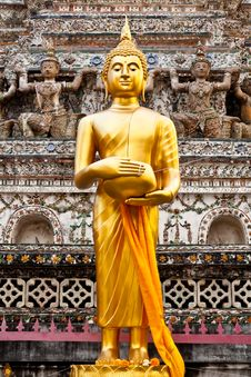 Free Gold Buddha In Wat Arun, Bangkok, Thailand Royalty Free Stock Photography - 19715757