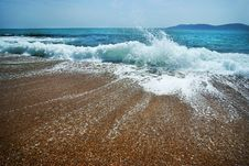 Free Blue Wave On The Sand Sea Beach Royalty Free Stock Images - 19716809