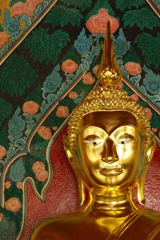 Free Gold Face Of Lord Buddha Stock Images - 19717044