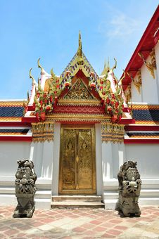 Free Door At Wat Pho Temple Royalty Free Stock Photography - 19722147