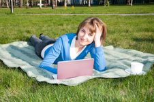 Free Working In The Park Stock Photography - 19722372