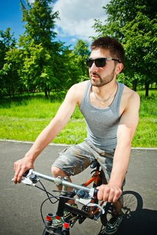 Free Young Man Cyclist Stock Photos - 19722723