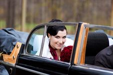 Free Beautiful Bride In Retro Car Royalty Free Stock Image - 19724386
