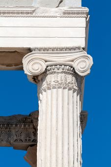 Free Ionic Column Stock Photos - 19724463