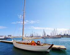 Free Wooden Sailing Boat Royalty Free Stock Images - 19724539