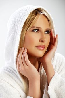 Free Portrait Of A Blond Girl In A White Bathrobe Royalty Free Stock Photos - 19724888