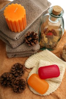 Free Soaps, Towels, Candles And Pine Cones Royalty Free Stock Images - 19724979