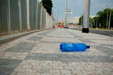 Free Wasted PET Bottle On Sidewalk Stock Photo - 19725820