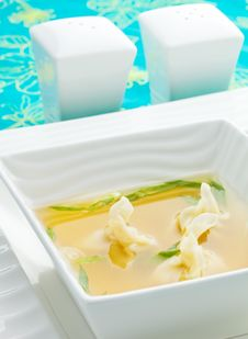 Free Won Ton Soup Royalty Free Stock Photography - 19737937