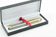 Free Silver Luxury Pen Royalty Free Stock Photo - 19738625