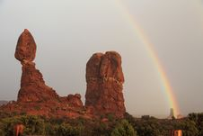 Free Balanced Rock And Rainbow Royalty Free Stock Photos - 19748718
