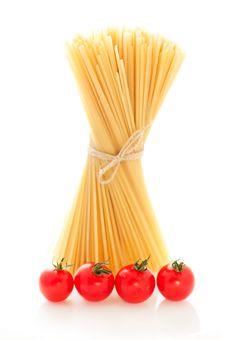 Free Spaghetti And Tomato Royalty Free Stock Photos - 19750068