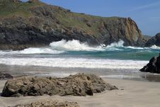 Free Waves At Kynance Cove In Cornwall Royalty Free Stock Photo - 19750395