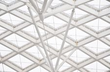 Free Curving Glass Ceiling And Girder Royalty Free Stock Photos - 19752358