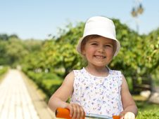 Free Little Girl In The Park Stock Photo - 19753270