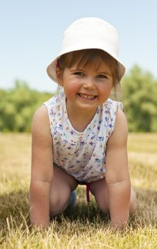 Free Little Adorable Girl In The Park Stock Photo - 19753330