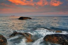 Free Sunset On The Rocky Coast Royalty Free Stock Images - 19753379