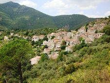Free Southern French Mountain Village Stock Photography - 19753502