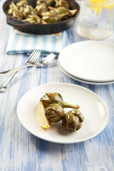 Free Roasted Artichokes Royalty Free Stock Photos - 19753618